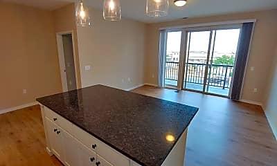 Kitchen, 554 Junction Rd, 1