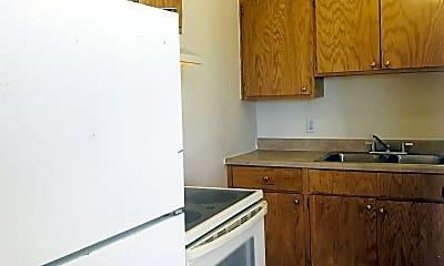 Kitchen, 4510 Arlen Ave, 1