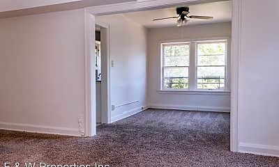 Living Room, 1544 E Broad St, 2
