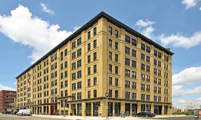 Building, Brix Apartment Lofts, 1
