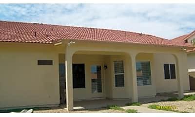 Building, 3121 N Meadow Dr, 2