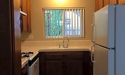 Kitchen, 4452 Louisiana St, 1