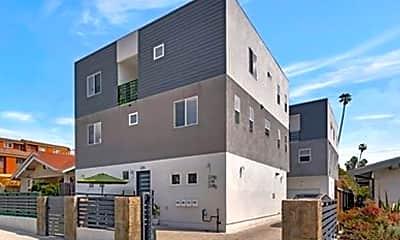 Building, 818 1/2 N Dillon St, 0