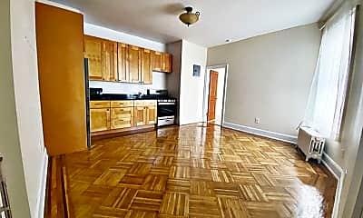 Kitchen, 1602 W 6th St, 1