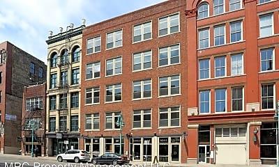 Building, 227 N Water St, 0