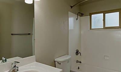Bathroom, 20928 Wilbeam Ave, 2