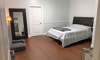 Bedroom, 607 Washtenaw Ave, 1