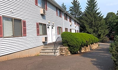 Pine Ridge Apartments, 2