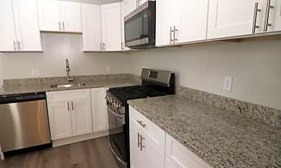 Kitchen, 827 W Barre St, 1