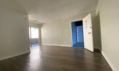 Living Room, 981 Elden Ave, 1