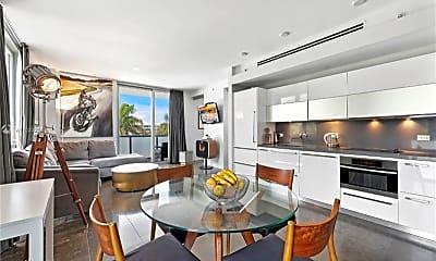 Living Room, 220 21st St, 0