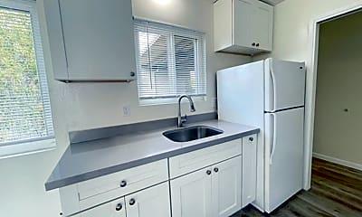 Kitchen, 2800 21st Ave, 1