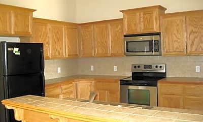 Kitchen, 905 Eagle Cliff Dr, 1