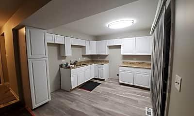 Kitchen, 746 Chandler Rd, 1