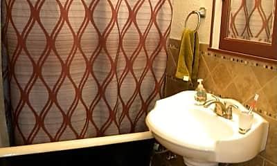 Bathroom, 2635 California St NE, 2