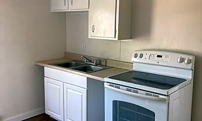 Kitchen, 109 W Walnut St, 1