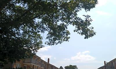Groveland Apartments, 2