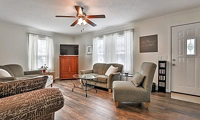Living Room, 6761 Evans St, 0