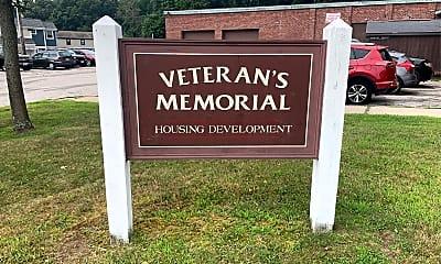 Veterans Memorial, 1