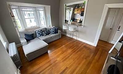 Living Room, 579 E Broadway, 0