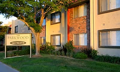 Community Signage, Parkwood Apartments, 2