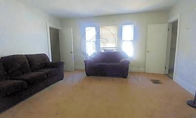 Living Room, 400 Main St, 0