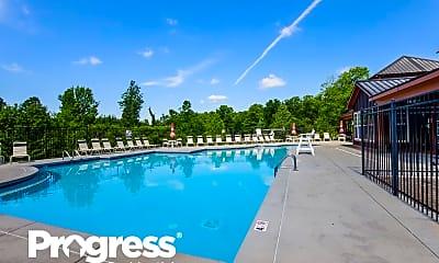 Pool, 624 Lumber Ln, 2