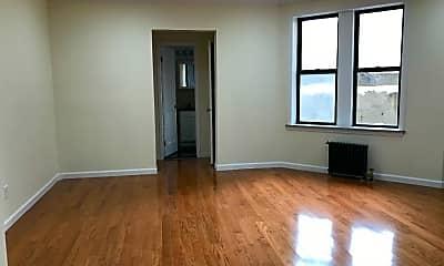 Living Room, 850 W 176th St, 1
