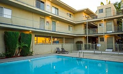 Pool, 21736 Roscoe Blvd, 1