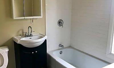 Bathroom, 777 Minnehaha Ave E, 0