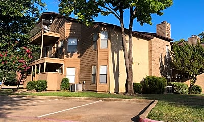 Southpoint Apartments, 0