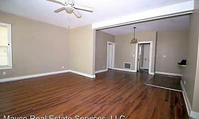 Bedroom, 131 E Prospect St, 1