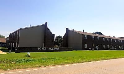 Pine Manor, 1