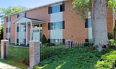 Building, Linden Colonial, 1