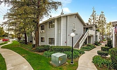 Building, 260 Evergreen Ct, 1