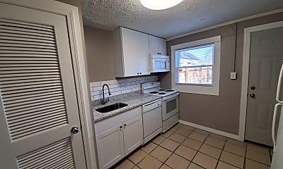 Kitchen, 728 N Broadway, 1
