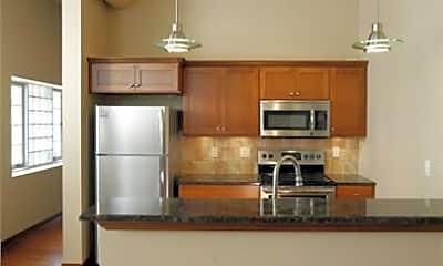 Kitchen, 621 Sycamore St, 1