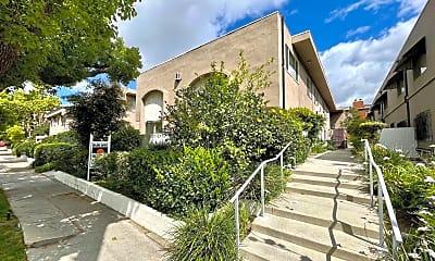 Building, 10809 Camarillo St, 0