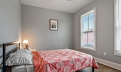 Bedroom, Room for Rent - Beautiful Home in Downtown, 0