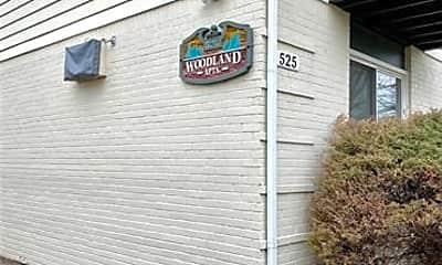 525 E Woodland St F, 1
