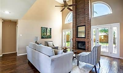 Living Room, 4428 Emerson Dr, 1