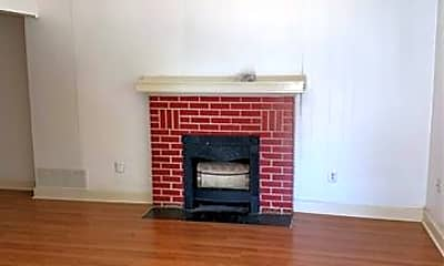Living Room, 858 Beech St, 1