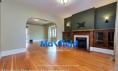 Living Room, 1032 Kensington Ave, 1