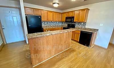 Kitchen, 813 S Robberson Ave, 0