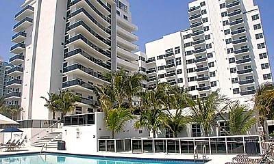 The Crown Miami Beach, 0