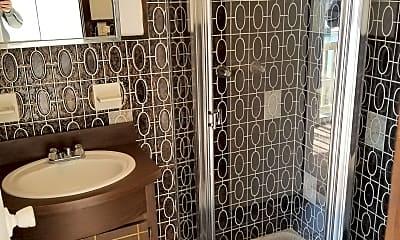 Bathroom, 120 Trafalgar Dr, 1