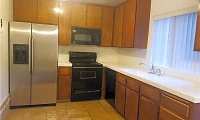 Kitchen, 24511 Alta Vista Dr 3, 1