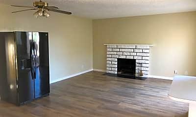 Living Room, 14920 Eastwood Avenue, Unit A, 1