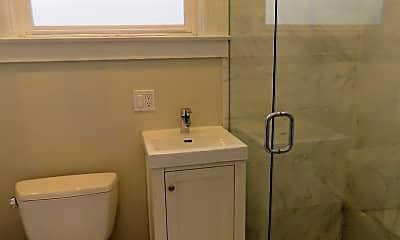 Bathroom, 619 Clayton St, 2