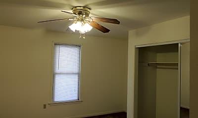 Bedroom, 710 Kickapoo, 2